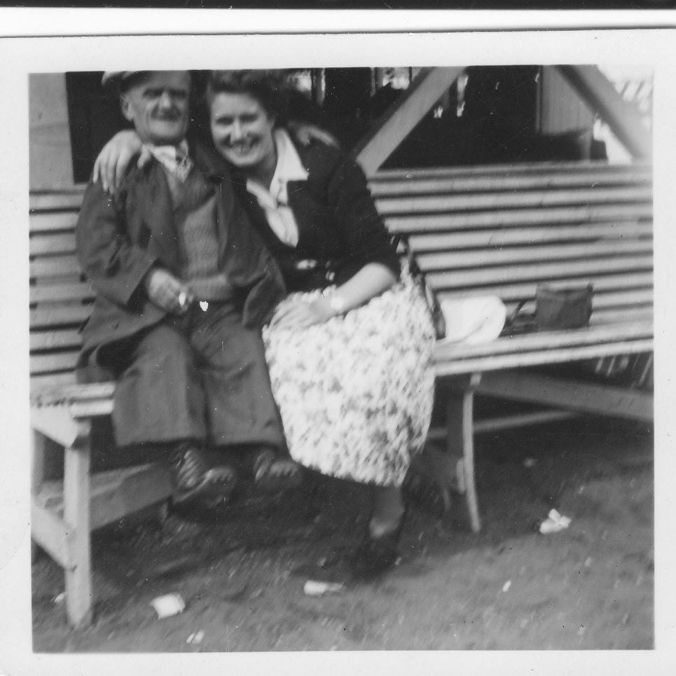 Gressenhall photos - Little Freddie & Gladys Richmond.jpg (965px x 965px)