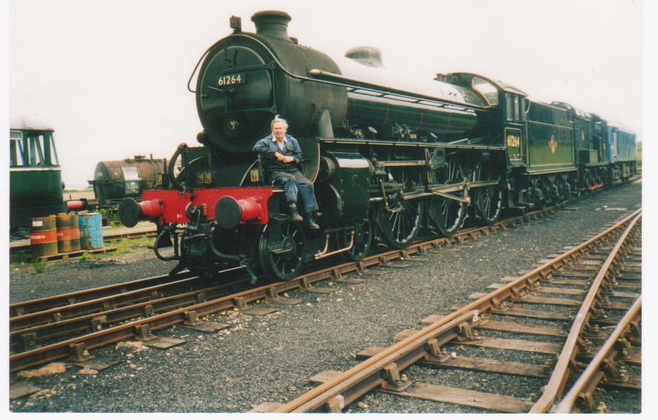 Train photos TRN/003/JW - B1 loco 2000s.jpg (928px x 592px)